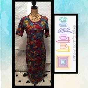 LuLaRoe Julia dress 👗👗 & Necklace